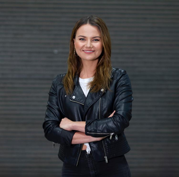 Ella Germein Presenter, Loop